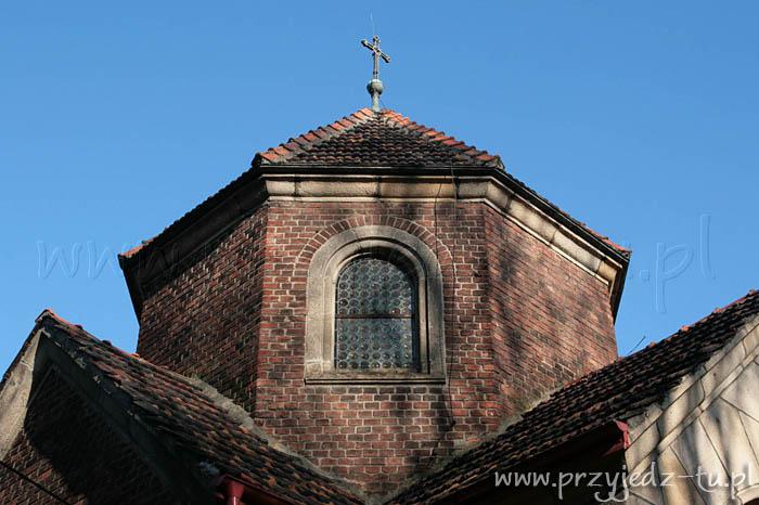 925.kaplica-zespolkpalacowo-parkowy-mycielskich-w-wisniowej(4).jpg